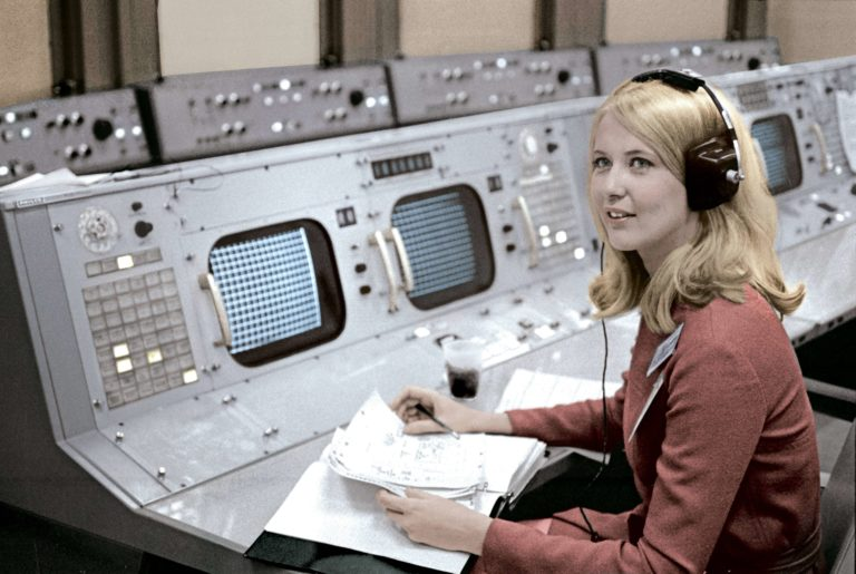 poppy-northcutt-in-mission-control